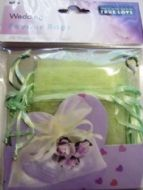 10 x Apple Green Wedding Favour Organza Bags. 100mm x 75mm.